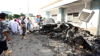 Арестуваха привърженици на Кадафи за взривовете в Триполи