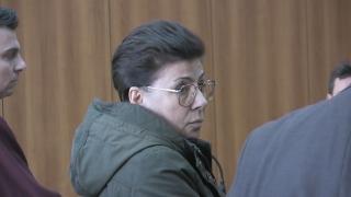 Условна присъда за жената, планирала братоубийство