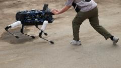 Toyota е вероятният купувач на компанията за човекоподобни роботи Boston Dynamics