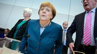 Меркел подчерта свободата на словото и изкуството на фона на жалбата на Ердоган