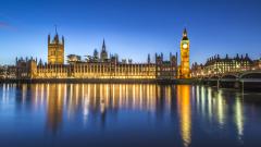 Парламентът на Великобритания гласува за задействане на Брекзит