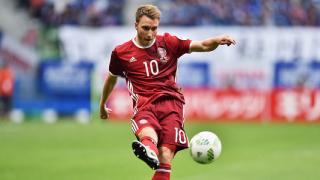 Ериксен отново тренира със съотборниците си от датския национален отбор