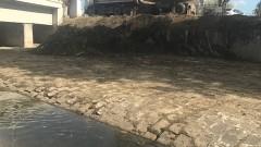 """Къща """"изникна"""" над дере в благоевградското село Дебрен"""