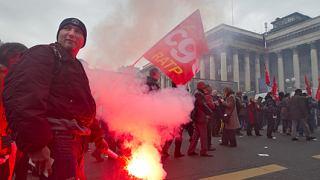 Французите отново на бунт