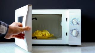 Кога храната в микровълновата става наистина опасна