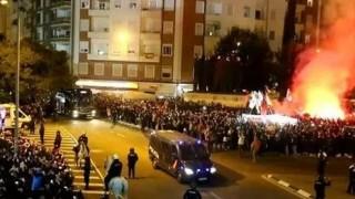 Фенове на Валенсия атакуваха автобуса на Барселона!