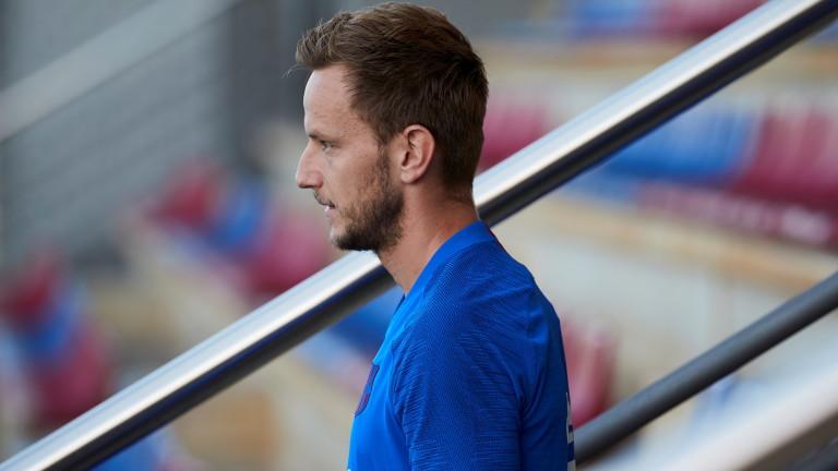 Иван Ракитич няма да напуска Барселона