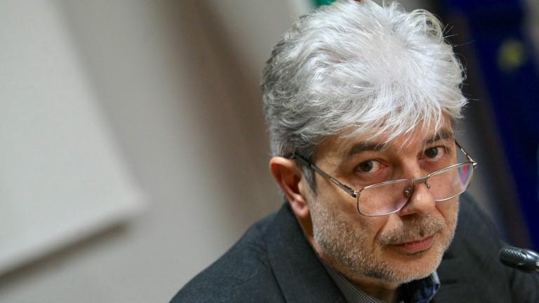 Нено Димов не знае дали има конфликт на интереси между Жирардели и Ангелкова
