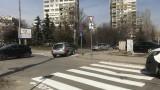 И общинари се захванаха с пешеходната пътека във Варна