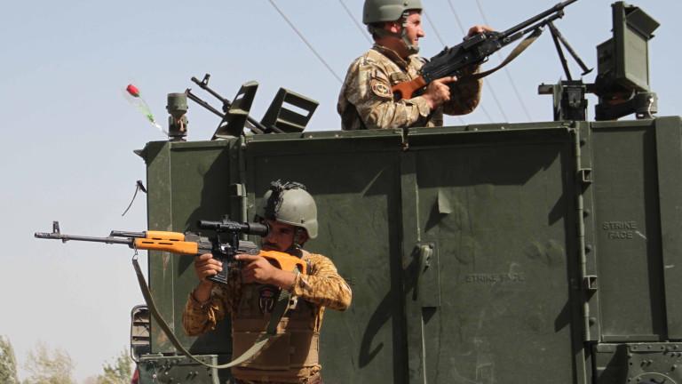 Водят се ожесточени боеве между талибаните и армията на Афганистан