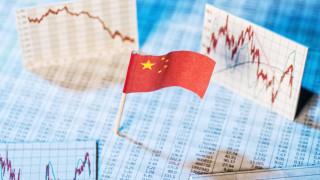 Китайската икономика расте най-бавно от 28 години