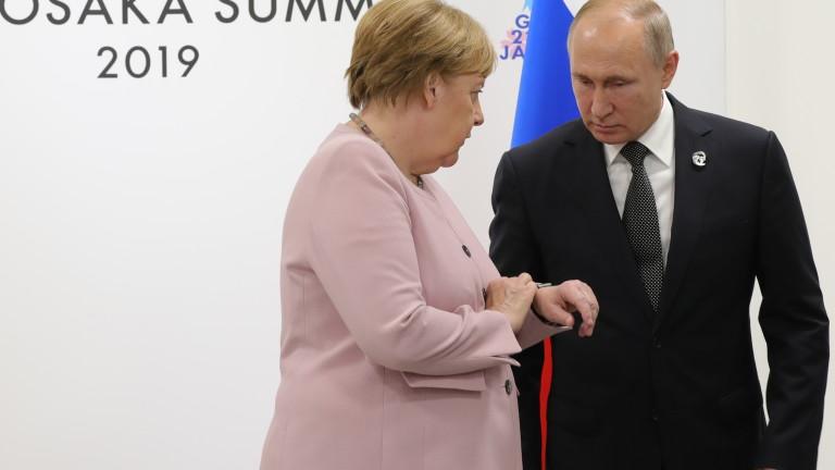 Путин и Меркел обсъдиха Сирия и транзита на газ през Украйна