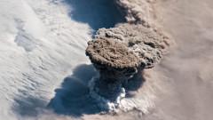 15 000 души са евакуирани заради вулканични изригвания в Папуа