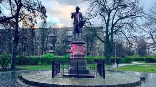 Заляха с боя гроба, паметника и къщата на Кант в Калининград