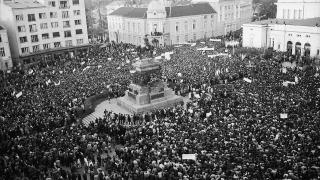27 години от края на тоталитарното управление на Тодор Живков