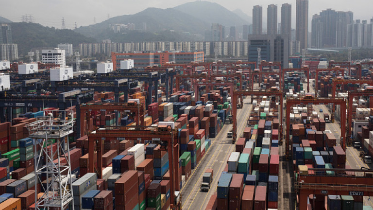 Китай спира да приема боклука на САЩ, рискува милиарди