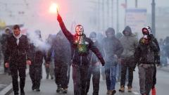 """""""Полша е бастионът на Европа"""" –  маршът на хиляди крайнодесни във Варшава"""