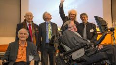 Стивън Хокинг и над 150 учени призоваха Великобритания да остане в ЕС