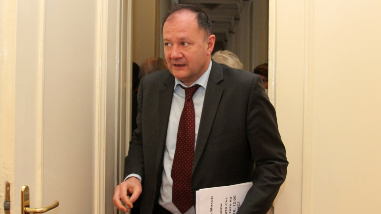 Миков: Намаляват шансовете за ново правителство
