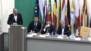 Станишев: Намерихме пари за панелки, да намерим и за енергетика