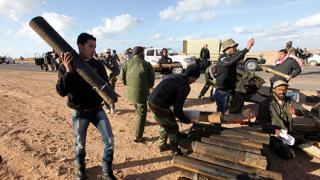 Ключов генерал на Кадафи заловен от бунтовниците