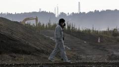 "Второ денонощие потушават пожар до АЕЦ ""Фукушима"""