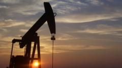 Прогнозите за цените на петрола вървят надолу