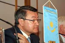 Казахстанският премиер подаде оставка