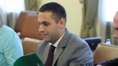 Караниколов отрича Пеевски да е лобирал за него