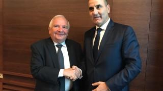 ГЕРБ и ЕНП виждат предизвикателство в борбата с популизма