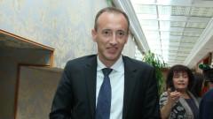 Министър Вълчев въвежда единна система за прием в първи клас в София