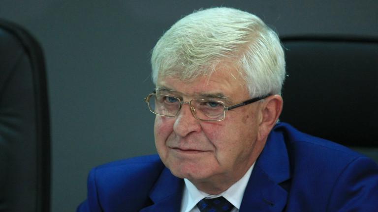 След заповед на министъра - Стефчо ще се лекува в Румъния