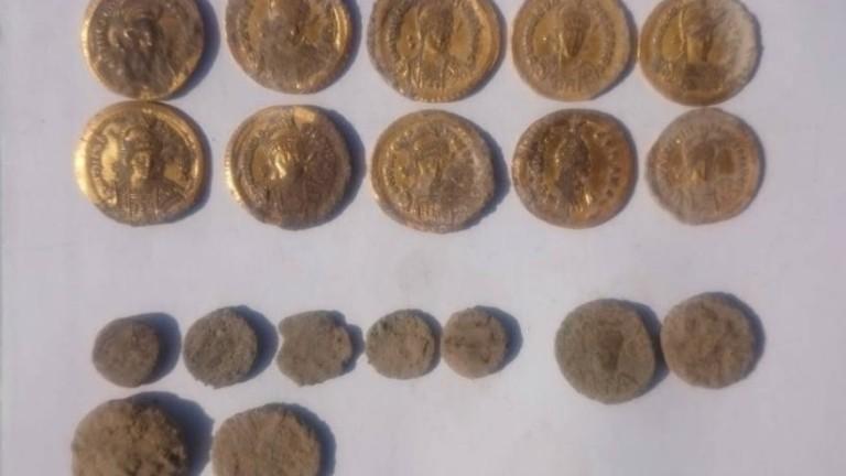 Археолози откриха златно монетно съкровище при проучване на древния град