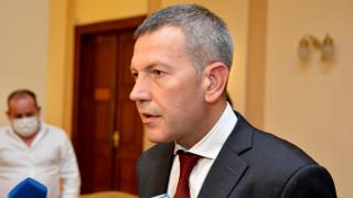 """Транспортният министър иска ясни и видими резултати от концесионера на летище """"София"""""""