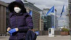 В Белгия подновяват футбола с... маски