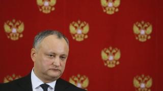 Президентът на Молдова отново е отстранен от поста си