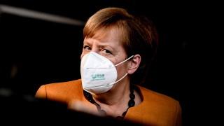 Европа влиза в ролята на Фауст в сделка с дявола