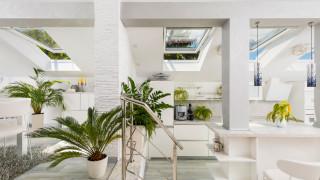Как къща на 120 години се преобрази в модерна слънчева мансарда