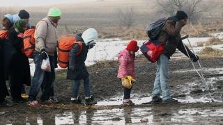 Брюксел отсече: ЕС членките са длъжни да гонят мигрантите без право на престой