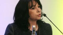 Няма заплаха за отоплителния сезон, увери Теменужка Петкова
