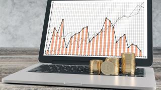Криптопазарът изтри над $180 милиарда за часове