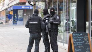 10 рекетьори арестуваха в Бургас