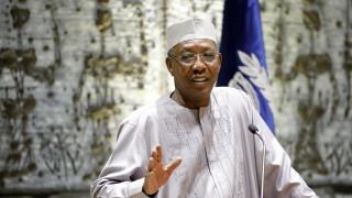 Президентът на Чад загина на бойното поле