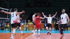 С изненади на волейболния турнир при мъжете