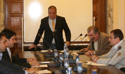 Слави Бинев налага ударно начало на подкомисията за европарите
