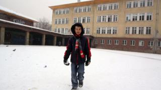 25 софийски училища в дървена ваканция