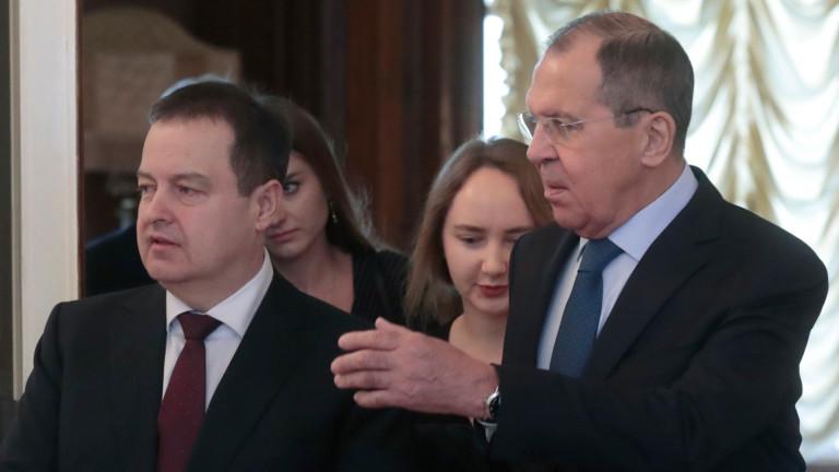 Сърбия обяви, че не може да защити интересите си без Русия