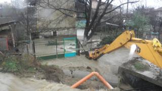 Порои заляха Югозападна България, катаджиите избягаха