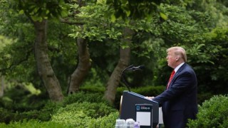 Тръмп: ФЕД да въведе отрицателни лихви