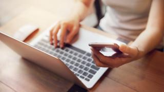 3 малки трика, които ще удължат живота на мобилните ви устройства